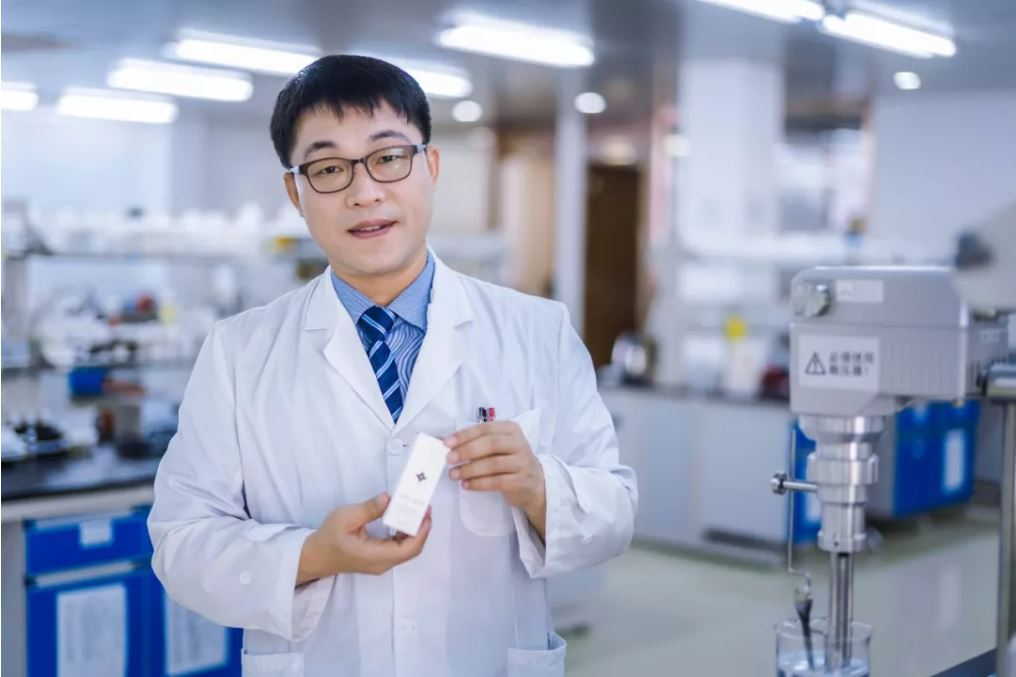▲ MISS RUDOLF安心系列特邀教授——金成珍教授